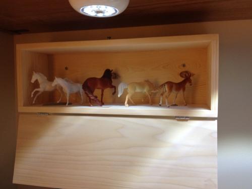 horse box
